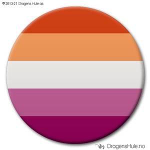Bilde av  Button: Flagg Pride Lesbisk (Sunset)